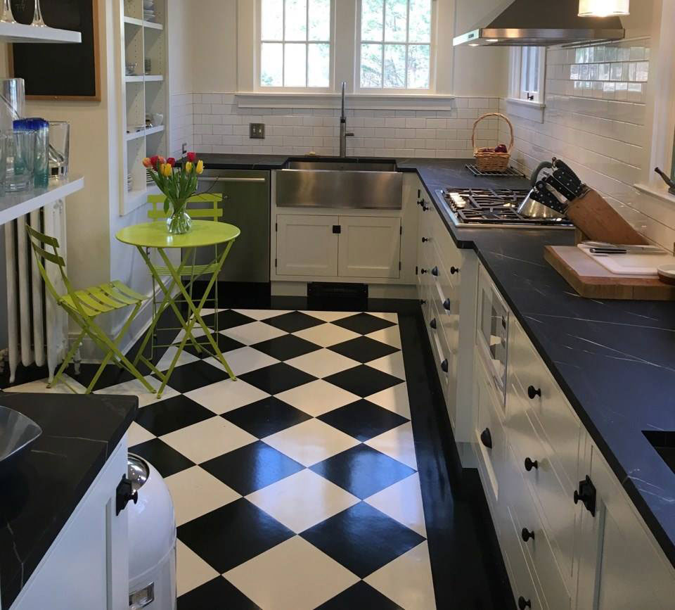 Manhattan style kitchen vermont soapstone for Perfect kitchen fabrication
